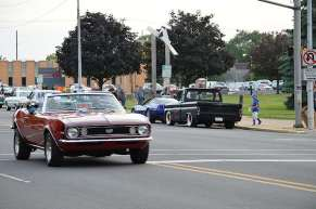 cruise night 2013 05806-08-2013